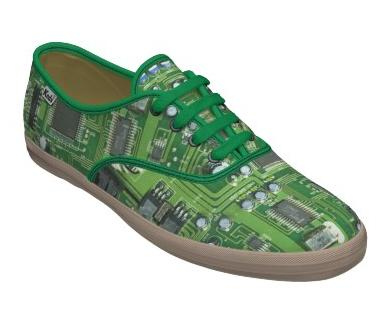 Circuit board shoe design
